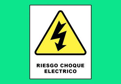 Atención 0021 RIESGO CHOQUE ELECTRICO