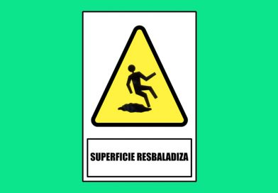Atención 0172 SUPERFICIE RESBALADIZA