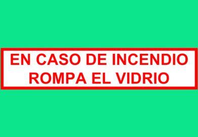 Autoadhesivo 013 EN CASO DE INCENDIO ROMPA EL VIDRIO
