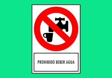 Prohibido 177 BEBER AGUA